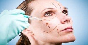 Zoom a los usuarios que acuden a los cirujanos cosméticos en medio de COVID-19 pandemia