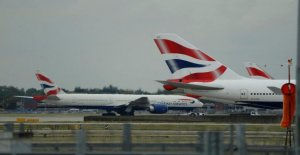 British Airways investigar los informes...