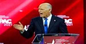 Rick Scott se detiene en Iowa para las elecciones de la misión que podría establecer para el 2024