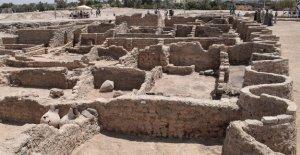 ciudad egipcia perdida de 3.000 años descubierta por arqueólogos