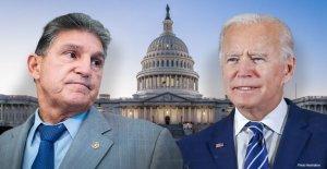 Biden aparentemente critica a Sinema, Manchin por 'votar más con mis amigos republicanos'