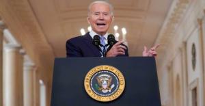 El desafiante Biden asume la responsabilidad de la decisión de retirar tropas de Afganistán, promociona el éxito de la misión
