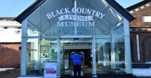 El museo al aire libre de edificios históricos reconstruidos en el Reino Unido se convierte en TikTok golpeado durante el bloqueo