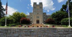 Virginia Tech despide a estudiantes por mandato de vacuna contra la COVID-19