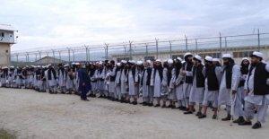 Los talibanes liberación de prisioneros en medio de Afganos alto el fuego