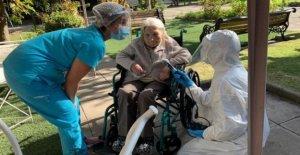 Mujer chilena se recupera de Covid-19 años 111
