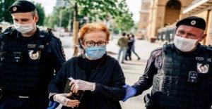 Protesta sobre el ruso a los periodistas que se celebró durante la protesta