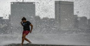 Mumbai preparando para el  primer ciclón en 129 años