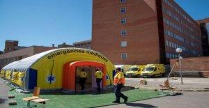 Cataluña renueva estricto Covid controles en 210,000