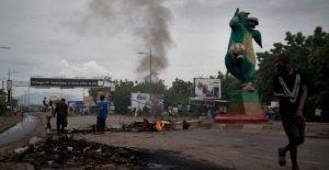 Gobierno de malí 'abierto a conversaciones como consecuencia de las protestas van en