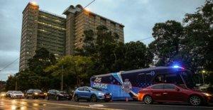 Melbourne bloquea a los bloques de la torre como los casos de aumento de