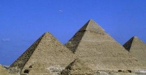 Egipto dice Almizcle pirámides no fueron construidas por extraterrestres