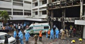 Fuego en la India Covid instalación mata a al menos siete
