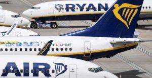 Ryanair recortes de los vuelos de la UE virus tasas de aciertos de reservas
