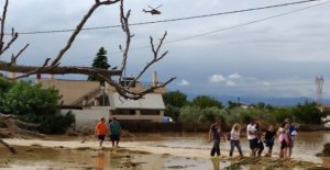Varios muertos por las inundaciones en la isla griega